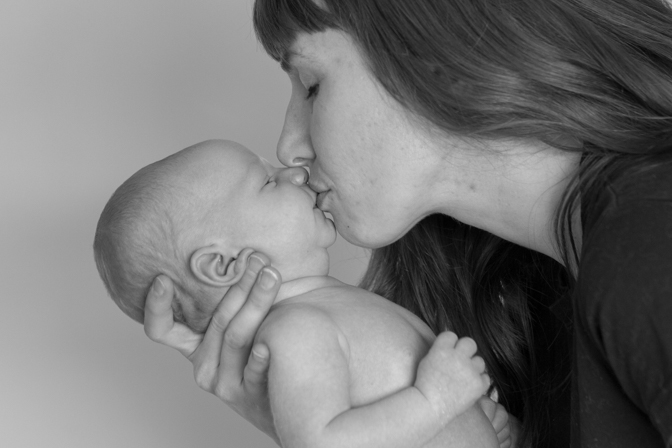 portrait van oevern newborn for wordpress rap-4831