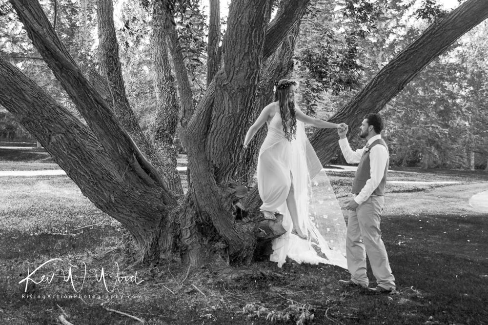 michaelis-and-ken-tree-with-watermark-9492.jpg